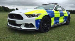 Ford Mustang virando viatura da Polícia?