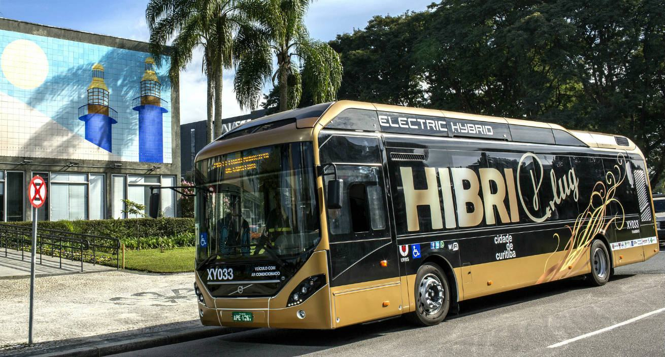 Ônibus Volvo HibriPlug