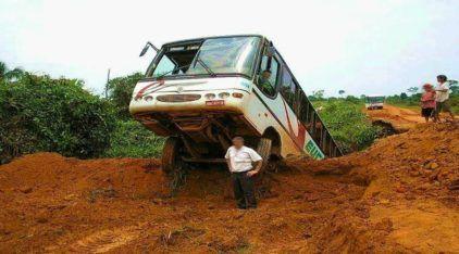 Ônibus ao extremo: como é o transporte nas piores estradas brasileiras