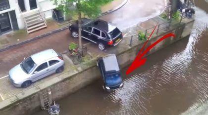 """Cena impressionante: Porsche Cayenne joga Smart para dentro de rio durante """"perseguição"""""""