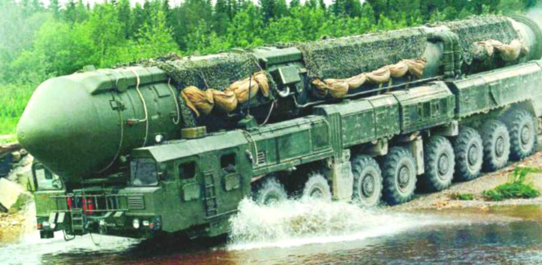 Caminhão 16x16