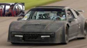 Monstro impetuoso devorando a pista! Com motor Mitsubishi de 750cv, veja e ouça esse Fiero preparado