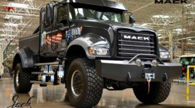 Picape única (e brutal com 800cv)! Conheça a Jack, a super caminhonete Mack totalmente customizada!