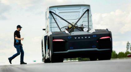 Brutal! Volvo prepara Caminhão com 2.433 cv (e busca recorde mundial de velocidade)