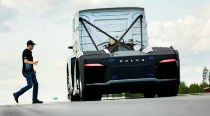 Brutal! Volvo prepara Caminhão com 2.433 cv (e busca recorde mundial de velocidade)!