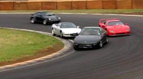 Os supercarros dos Anos 90 em uma corrida épica (tem F40, NSX, 911, Supra, Viper e mais)