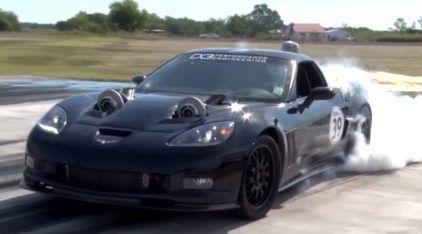 Dois turbos (pra fora do capô) e 2.400 cavalos: um Corvette realmente insano e brutal!