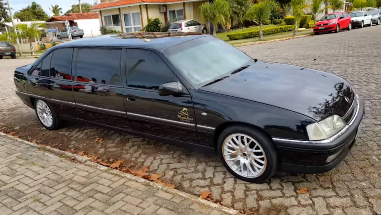 6b3f8f63b96 Projeto incrível  Conheça detalhes desse raro Omega Limousine criado (e  legalizado) no Brasil
