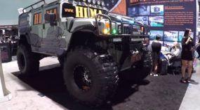 Monstro das ruas: eis o Hummer militar (customizado) pronto para qualquer coisa