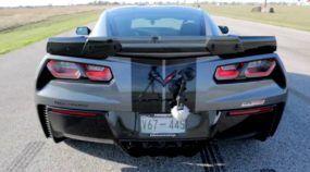 Esse é test drive da brutal Corvette (com 1022cv) preparada pela Hennessey Performance