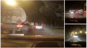Perseguição policial alucinante termina com Saveiro capotando (e pegando fogo)