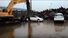 Vídeo flagra destruição total de Toyota Corolla e Hilux SW4 no Brasil