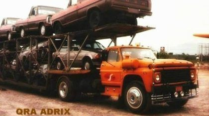 Cegonhas do passado: Veja como era o transporte dos carros (direto do túnel do tempo)