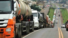 Caminhoneiros prometem parar o Brasil no dia 1 de agosto (contra aumento dos combustíveis)