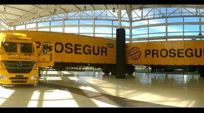 Devido ao aumento da criminalidade, Mercedes apresenta o maior caminhão blindado do Brasil (em conjunto com Prosegur)