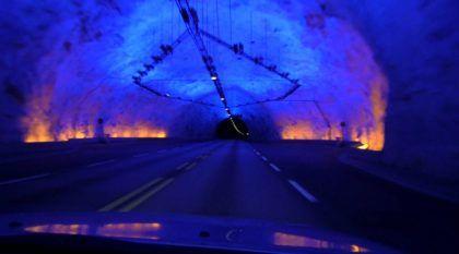 Esse é o maior Túnel para carros do Mundo (Vídeo mostra detalhes e os outros TOP 10)