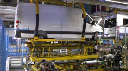Direto da Linha de Produção: Veja como nasce a Mercedes-Benz Sprinter