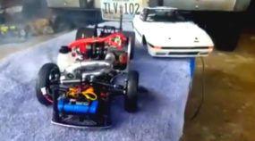 Carro com Rádio-Controle e Turbo? Brinquedo acelera forte e faz a alegria de quem gosta