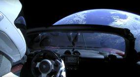 Enviado no Foguete mais potente do mundo, veja imagens desse Tesla já no espaço (rumo a Marte)