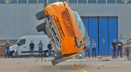 Volvo XC60, cenas de seus testes de colisão e os resultados: apenas mais um dia normal na Suécia?