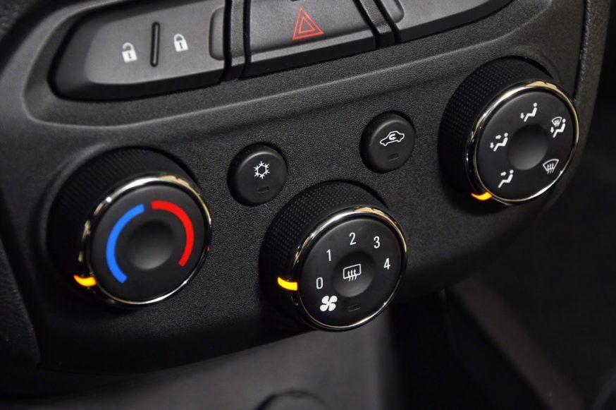 Como usar o ar condicionado do seu carro?