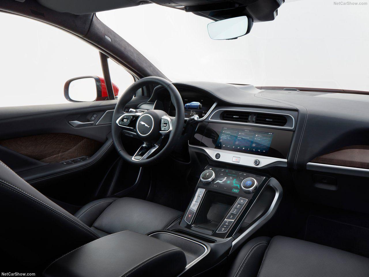 Painel e interior do Jaguar I-Pace