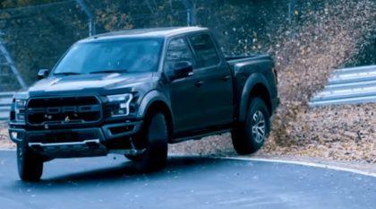 Drift de Ford Raptor (F-150) em Nürburgring: a Ford levou a sério essa ideia e filmou tudo