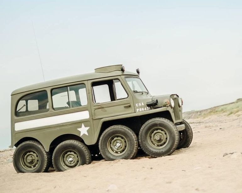 Jeep Willys 8x8