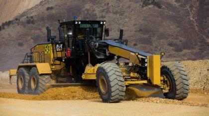 Nova Motoniveladora CAT 24: A maior da máquina pesada da linha Caterpillar no segmento chega com novidades