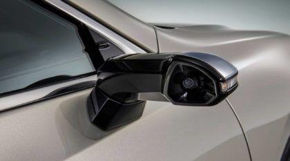 Lexus ES: o primeiro veículo de produção a utilizar câmeras como espelhos retrovisores